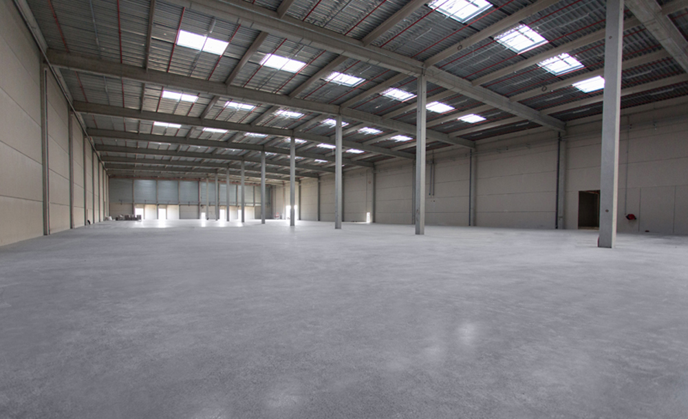 Distribution centre, featuring Rocland Qualiroc surface hardener