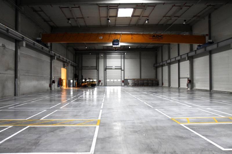 Cement Concrete Hardener : Qualiroc dry shake concrete surface hardener