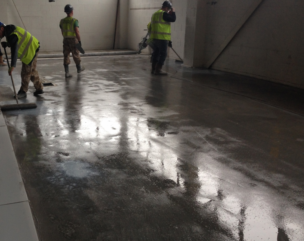 Concrete bonding agents, bonding agents for concrete floors - Rocland